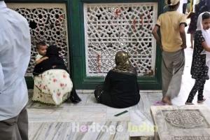 Hazrat Nizamuddin Auliya Dargah